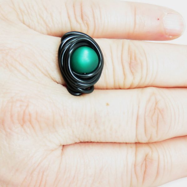 ročno izdelan unikaten nakit iz žice Stina